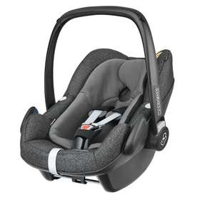 Автокресло Maxi-Cosi Pebble+ Triangle Black