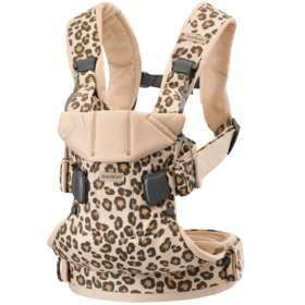 Рюкзак-кенгуру BabyBjorn One Cotton Mix Beige/Leopard арт.0980.75